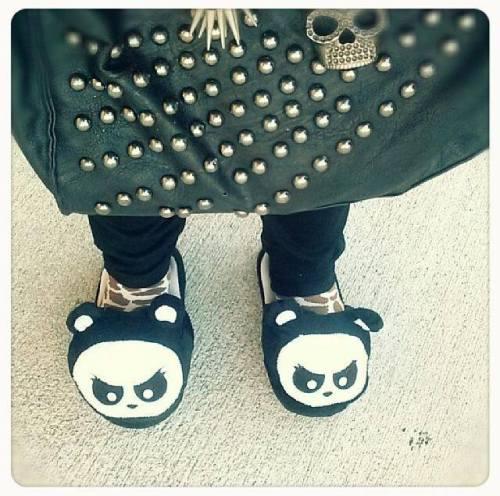 AP_Slippers